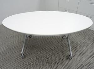 丸テーブル 5台